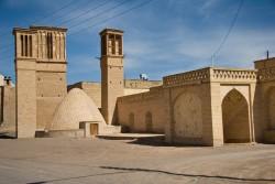 جاذبههای تاریخی و معماری نایین