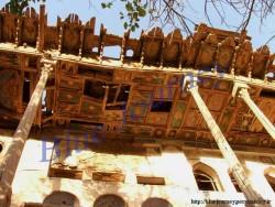 عمارت چهل ستون سرهنگ آباد اردستان
